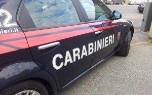 macchina-carabinieri