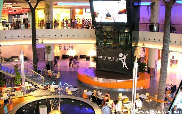 Allarme bomba al centro commerciale campania ma falso for Centro convenienza arredi marcianise marcianise ce