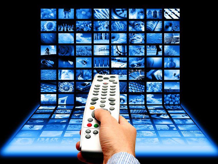 Ascolti tv, oltre 6,5 milioni di telespettatori per Sorelle