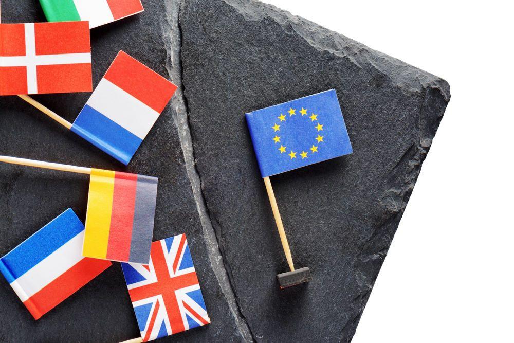 Parlamento europeo concorsi 2017 bando per giuristi for Concorsi parlamento italiano 2017