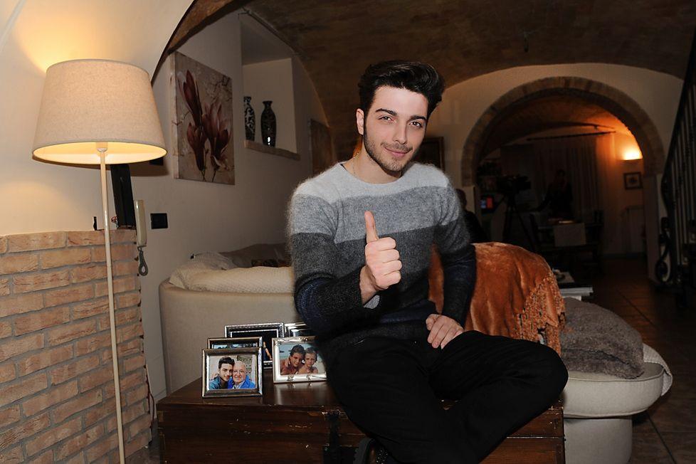 Gianluca Ginoble piacione allEurovision fa locchiolino