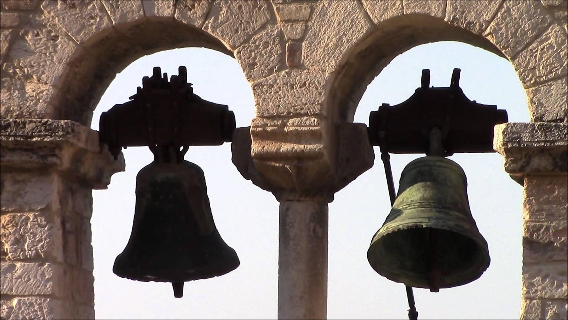 Biotestamento: 6 parroci suonano campane a morto per eutanasia delle Dat