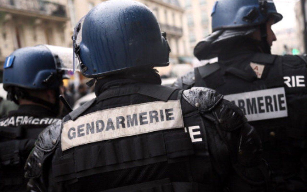 Parigi uomo armato di coltello minaccia gendarmi: terrore alla Gare du Nord