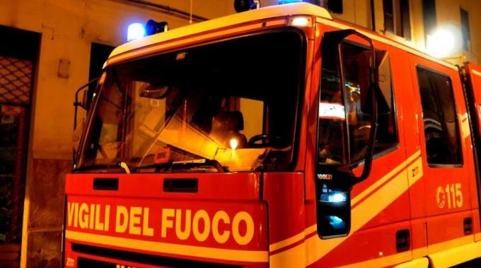 Incendio Vesuvio News Canadair Insufficienti Per Domare Le