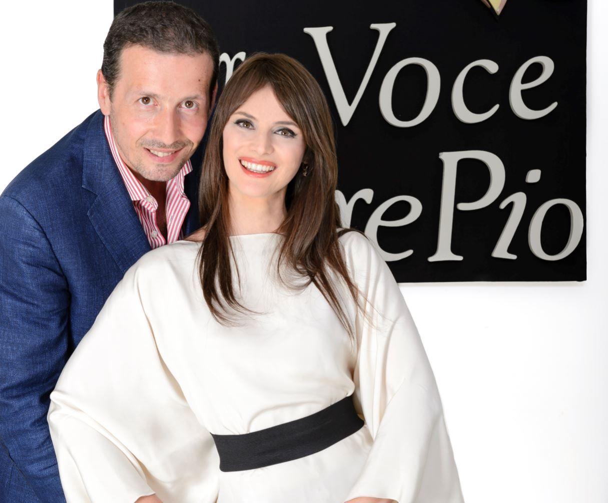 Una voce per Padre Pio: stasera su Rai1 con Alessandro Greco e Lorena Bianchetti
