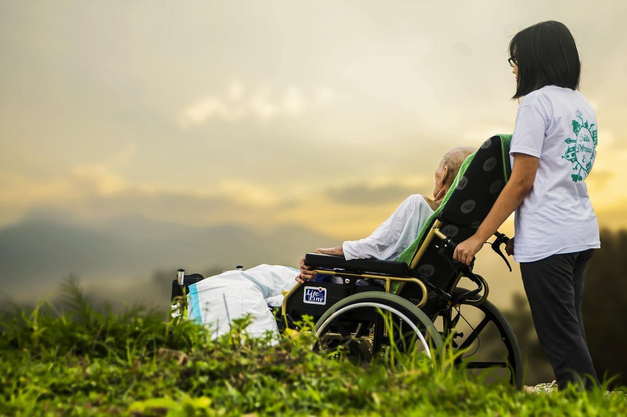 Pensione anzianità: come riceverla con meno anni di contributi